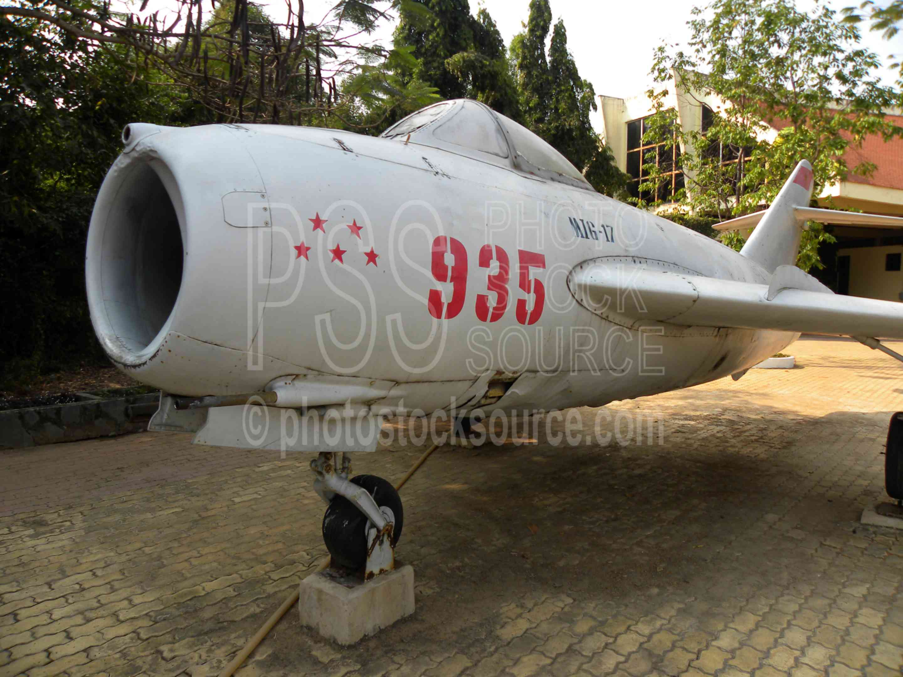 MIG-17 Fighter Jet,military,jet,supersonic,fighter