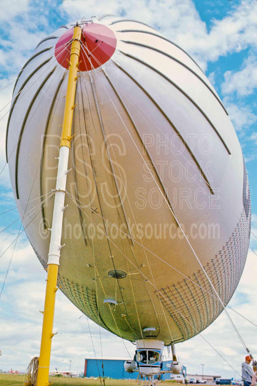 Goodyear Blimp,blimp,mooring,usas,aeronautics
