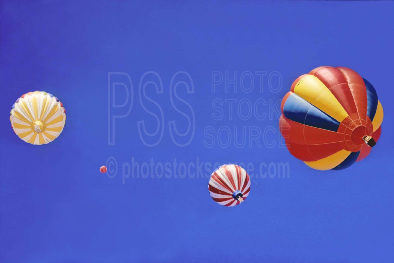 Up and Away,flys,hot air balloon,aeronautics,flight,usas