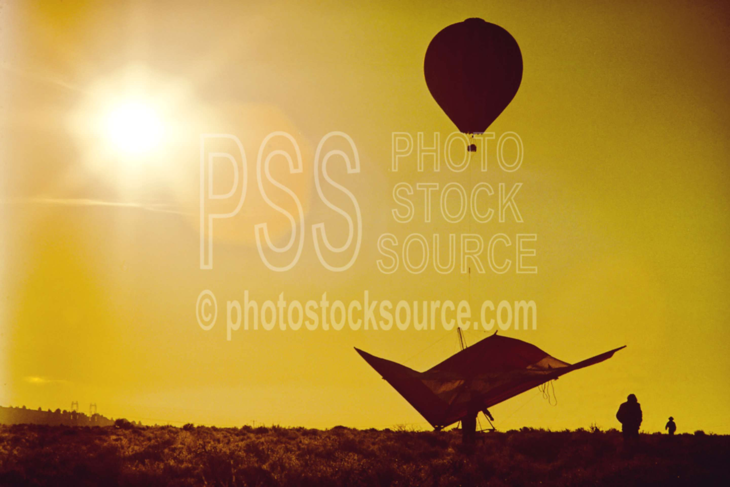 Hang Glider and Balloon,hang glider,hot air balloon,pine mountain,aeronautics,flight,sunrise,morning,silhouette,usas