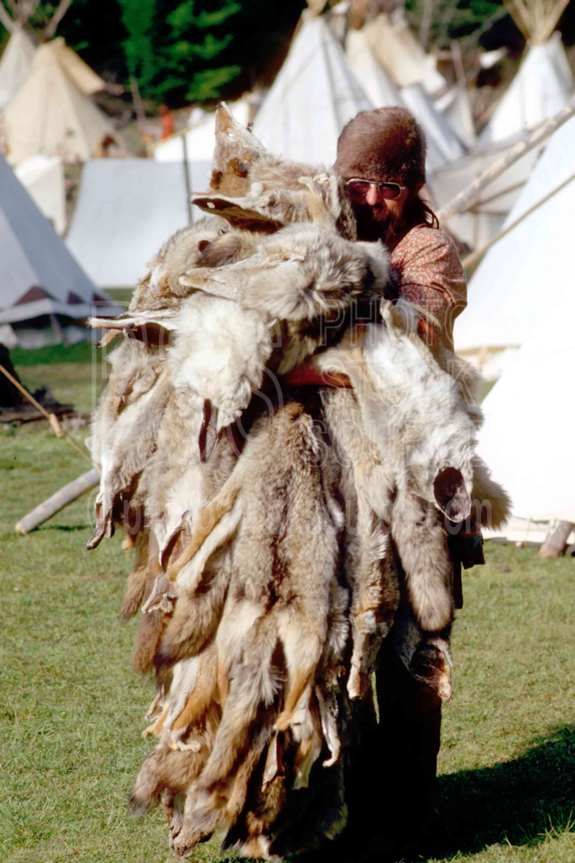 Buckskinner and Furs,buckskin,buckskinner,coyote,furs,mountain man,pelt,usas,mountain men,frog hollar