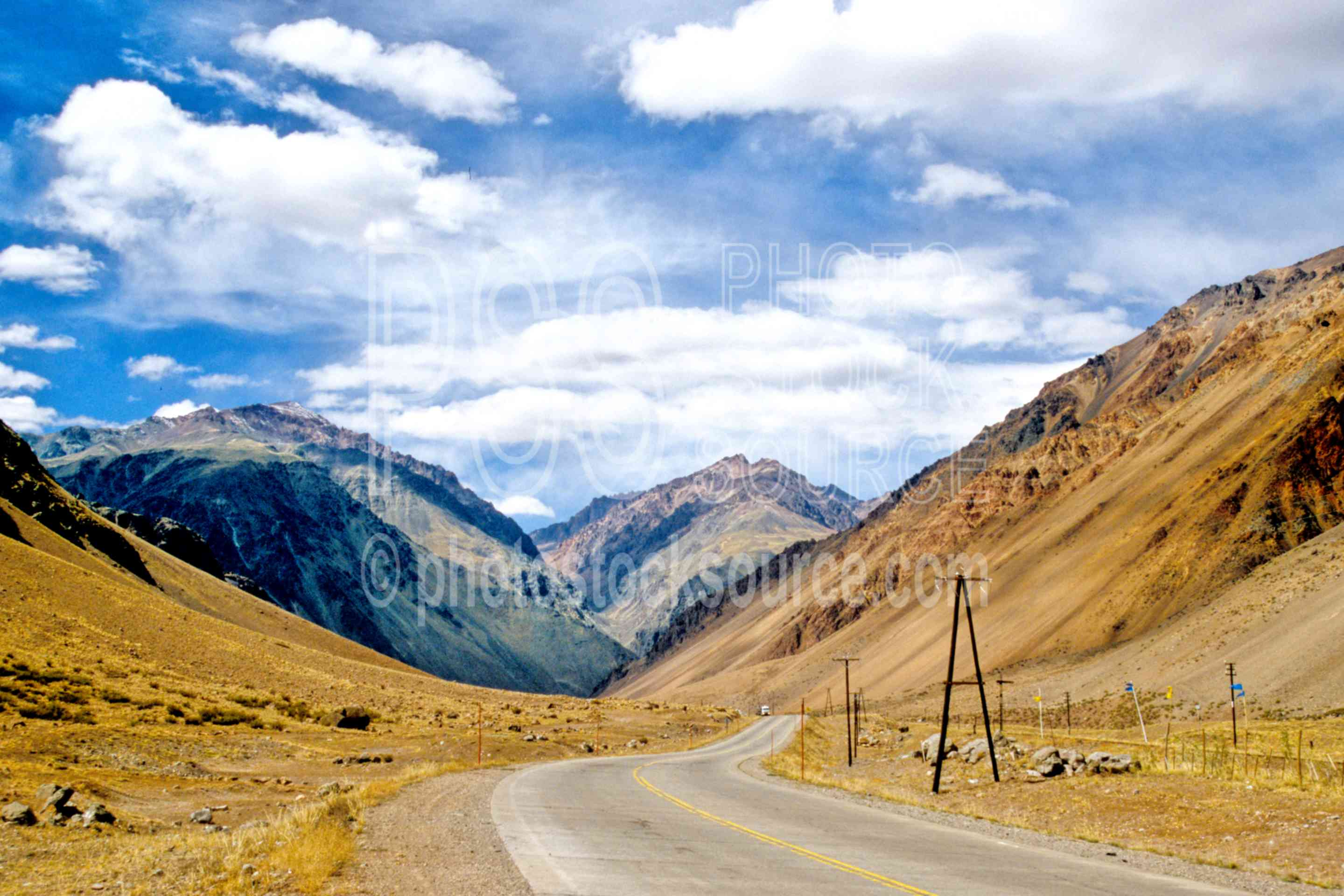 Route 7 to Chile,road,highway,nature,mountains