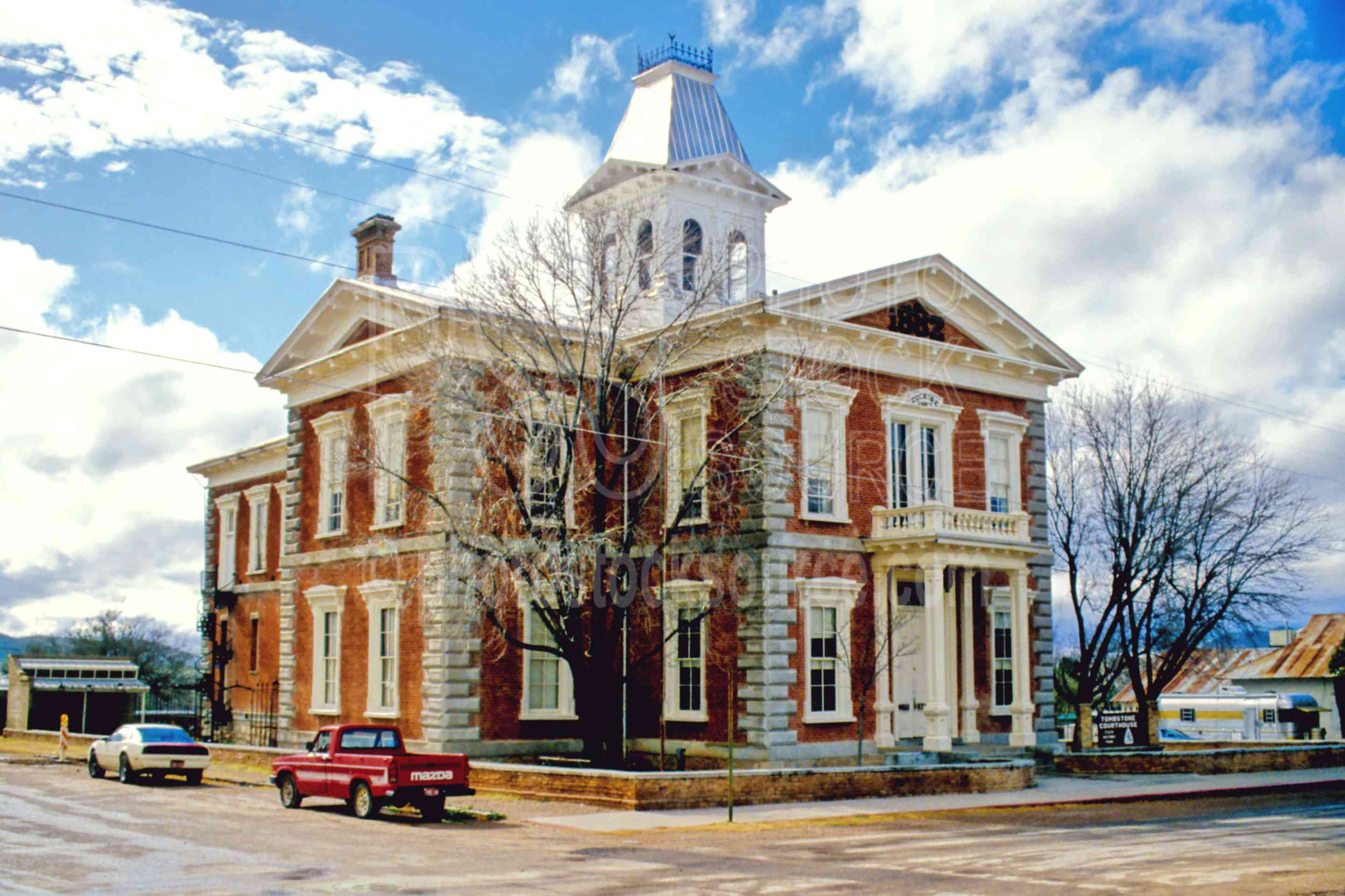 Tombstone Courthouse,courthouse,usas