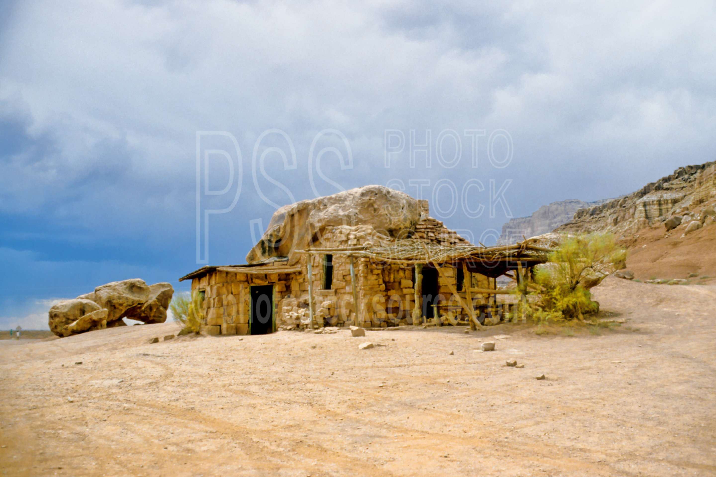 Stone House,building,usas,nature