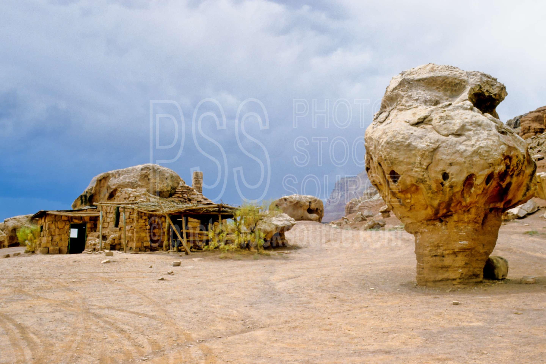 Stone House,building,mushroom rock,balancing rock,usas,nature