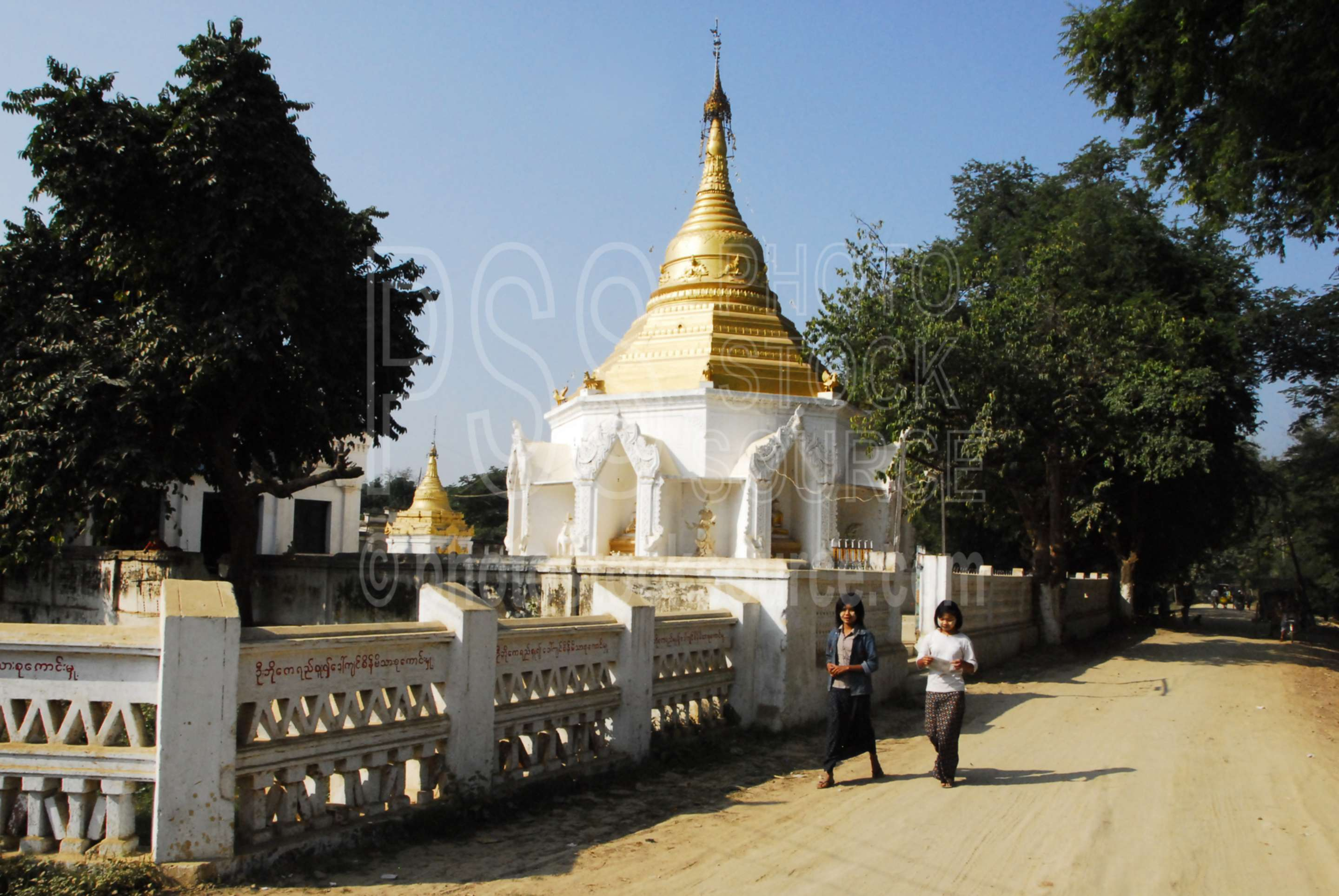 Small Pagoda,myanmar,pagoda,temple,people,girls,young,walking,inwa,hathawaddy,ava