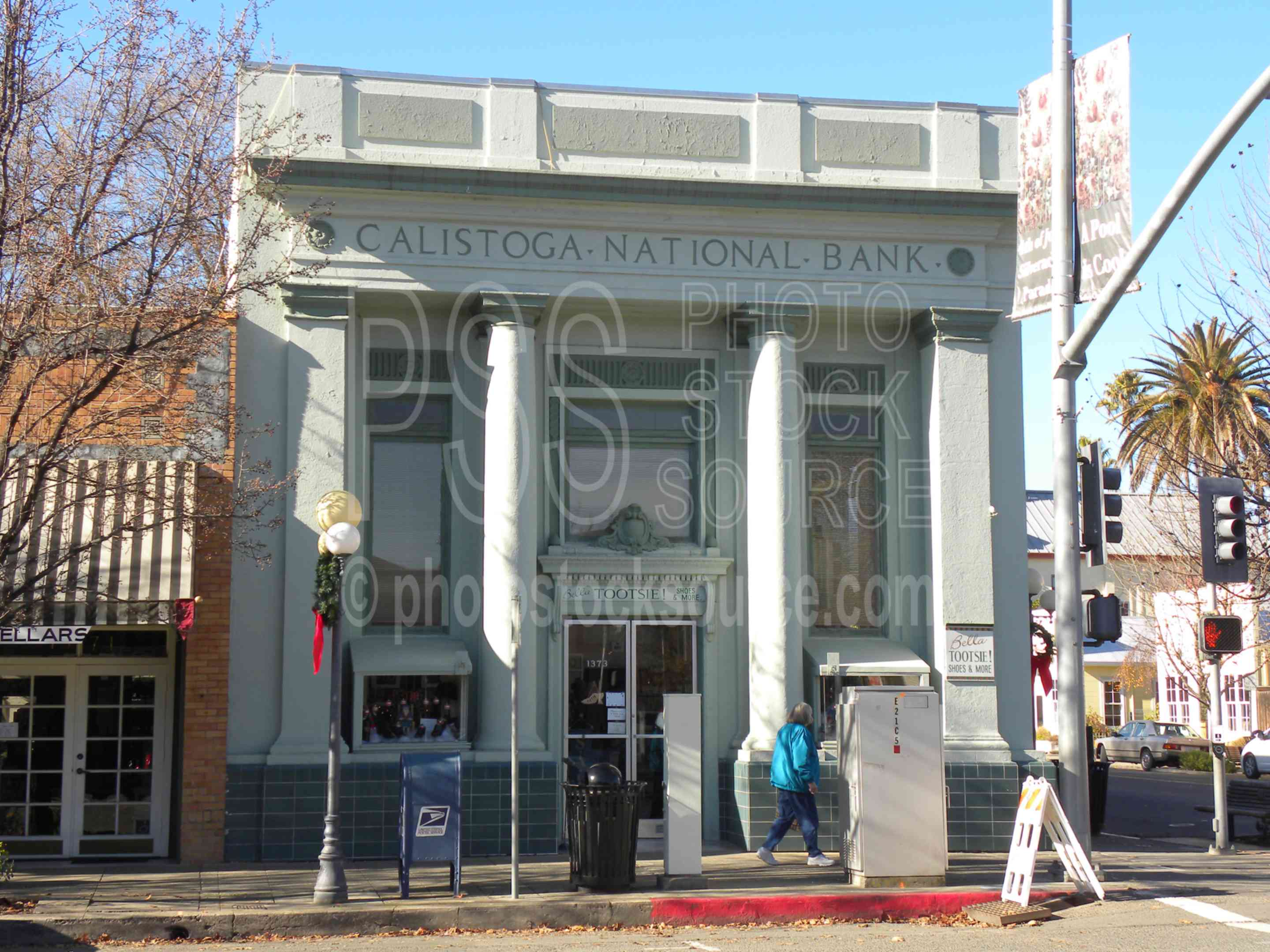 Calistoga National Bank,town,buildings,downtown,street,historic,historical