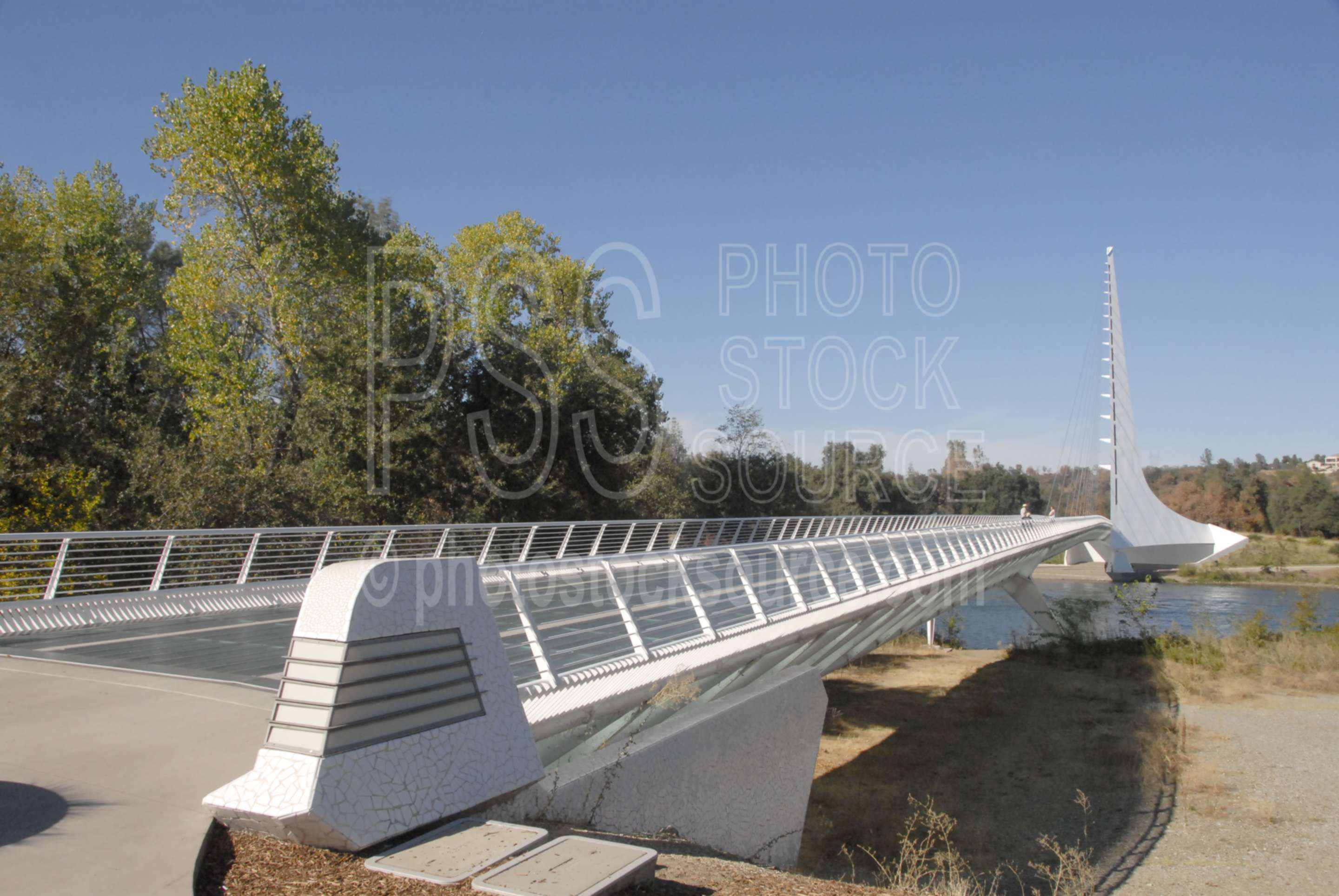 Sundial Bridge,bridge,scupture,river,sacramento river,santiago calatrava,art,architecture,bridges