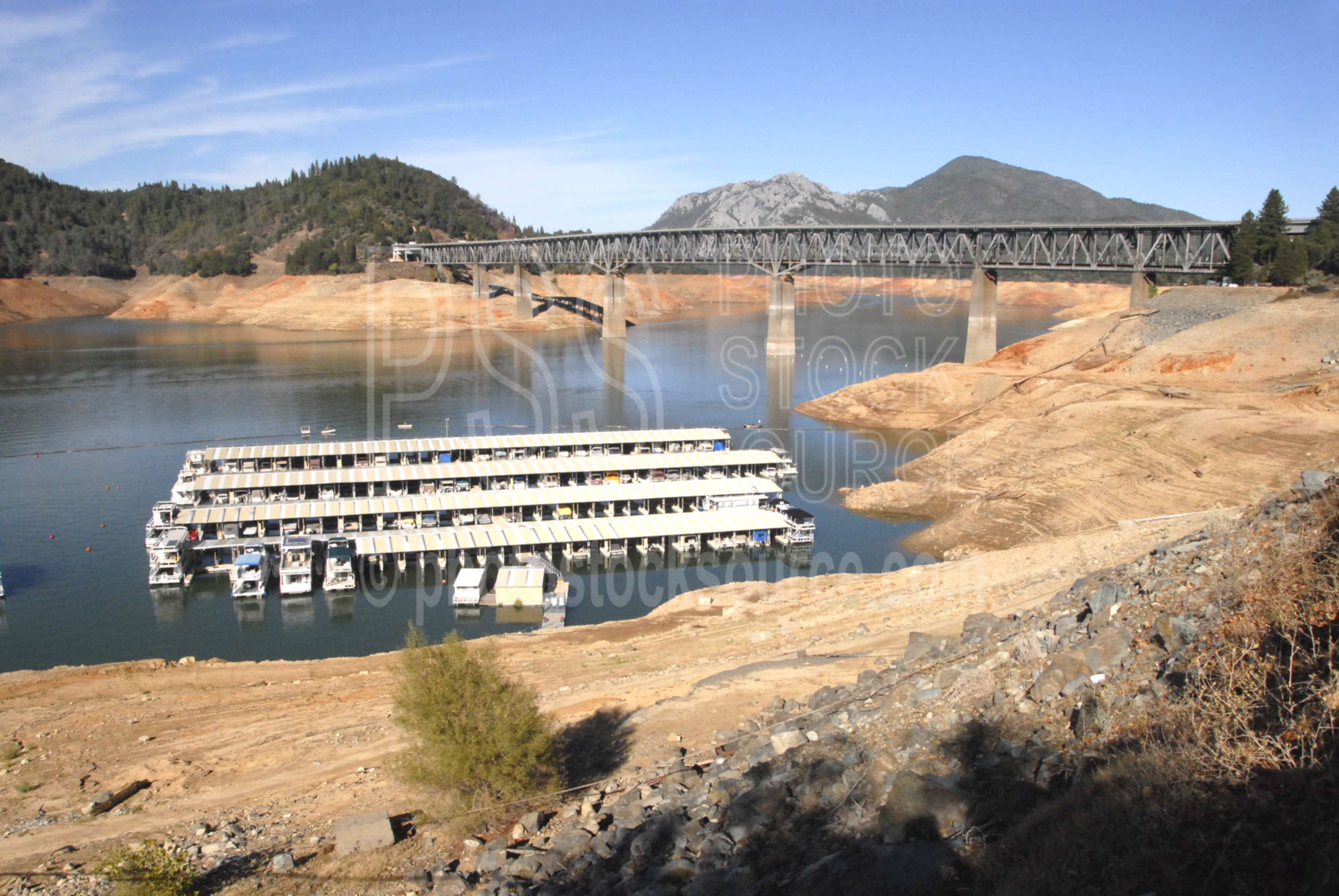 Shasta Lake,lake,house boats,docks,bridge,nature,bridges