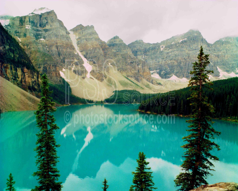 Moraine Lake,lake louise,morraine,lakes rivers