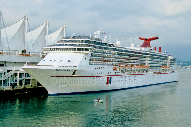 Cruise Ship,ship,cruise,canada place,carnival spirit,boats ships