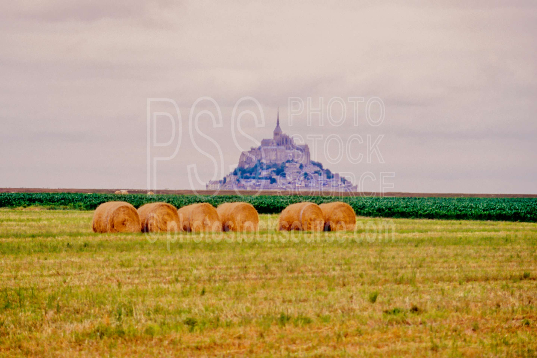 Hay Bales,agriculture,bale,europe,hays,hay bale,castle,castles