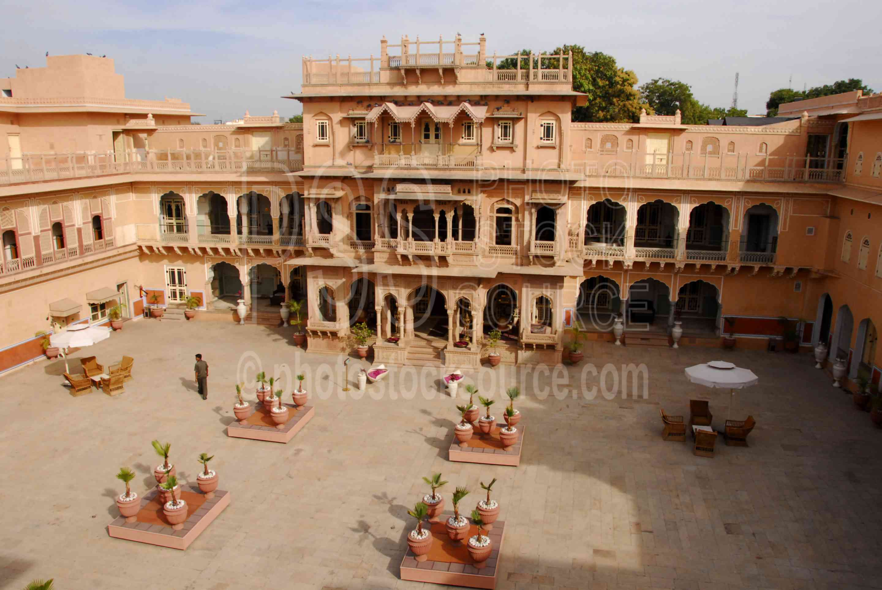 Chomu India  city photos gallery : ... Chomu Palace,Chomun,Rajasthan,India,palace,palace,courtyard,building