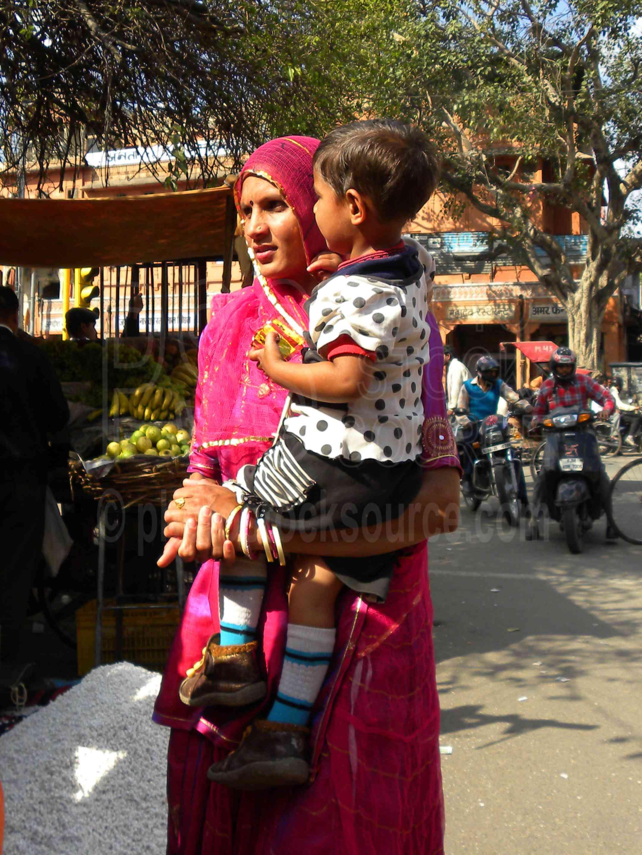 Woman with Child,woman,shopping,sari,child