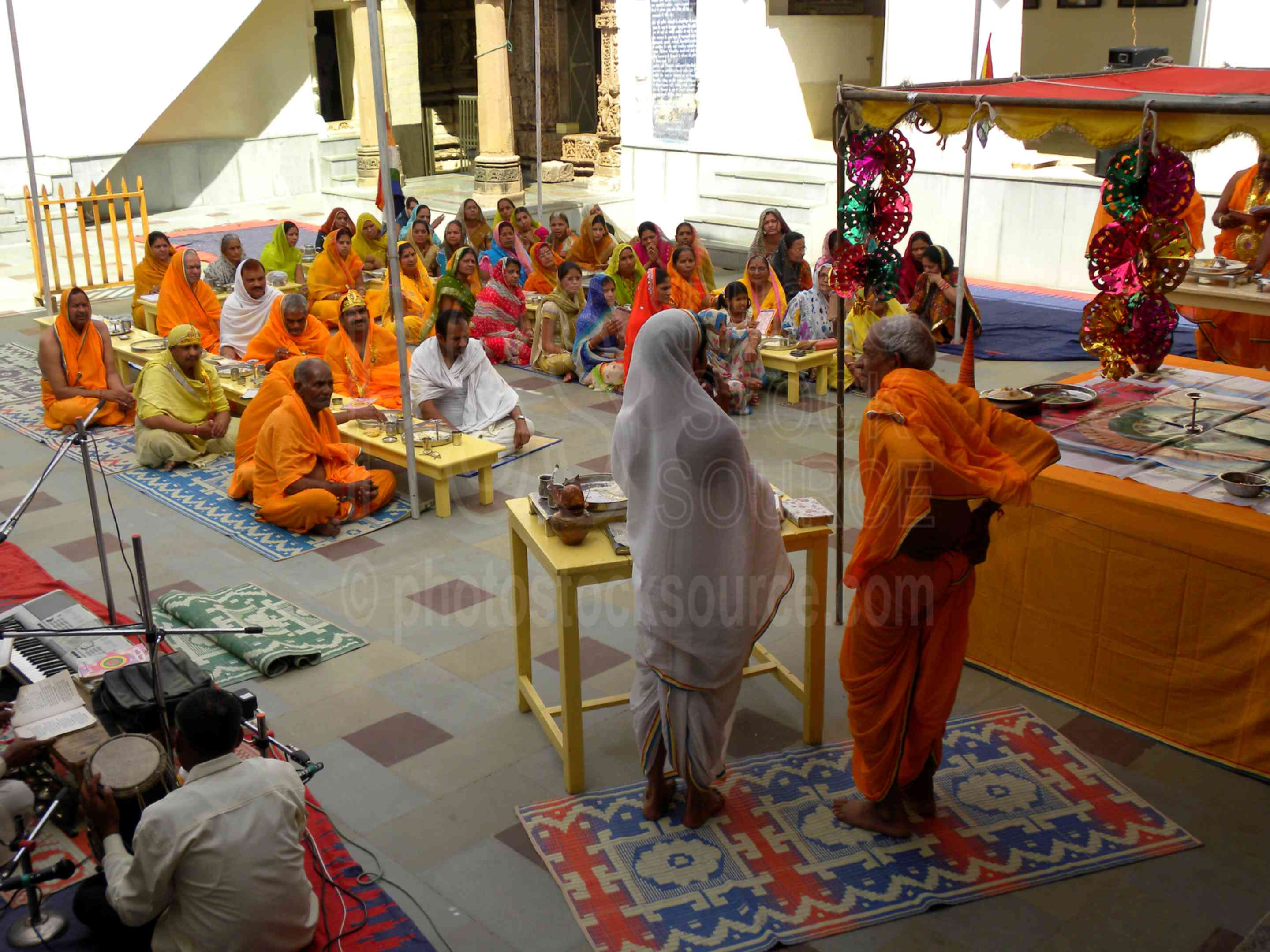 Shri Shantinath Ceremony,eastern group,temple,shrine,ceremony,hindu,religious,worship,worshipping,pray,praying,priests,architecture,ceremonies,temples
