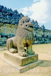 Temple Lion - Temple lion statue at Borobudur