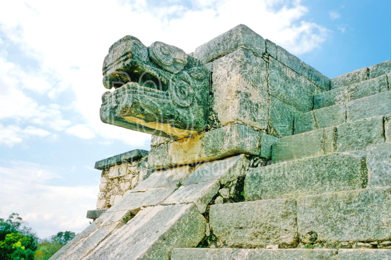Temple of the Warriors,el castillo,pyramid,temple,temples