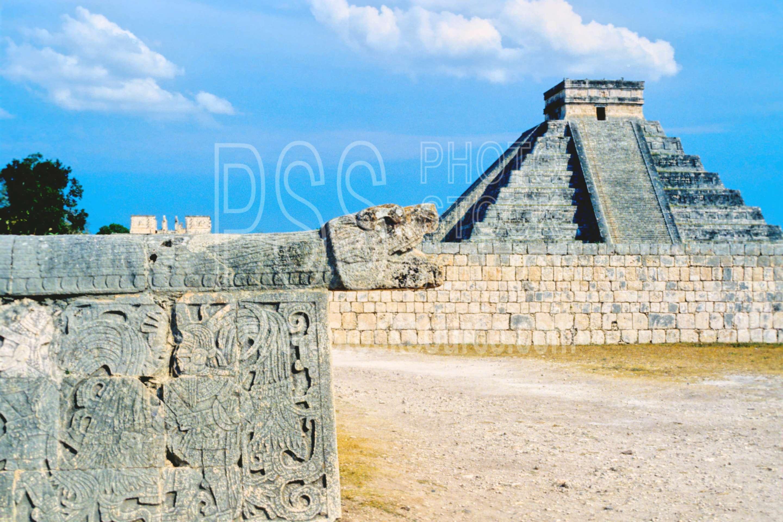 El Castillo Pyramid,pyramid,temple,temples
