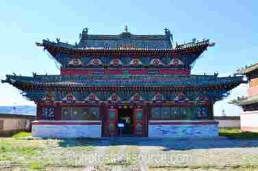 Baruun Zuu Temple