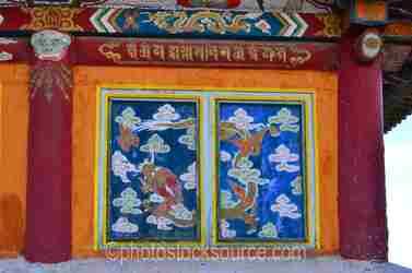 Zuun Zuu Temple Designs