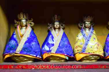 Migjed Janraisig Statues