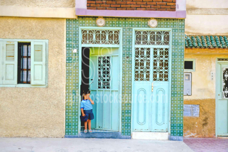 Doorway,boys,door,doors windows