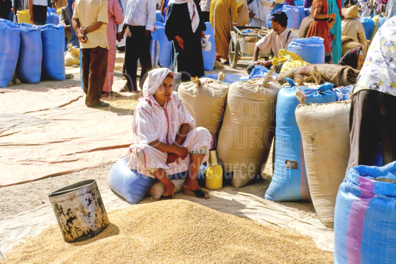 Grain Seller,grain,market,sell,woman,morocco markets