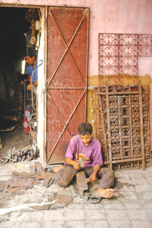 Metalworker,boys,market,medina,work,worker,morocco markets,cargo