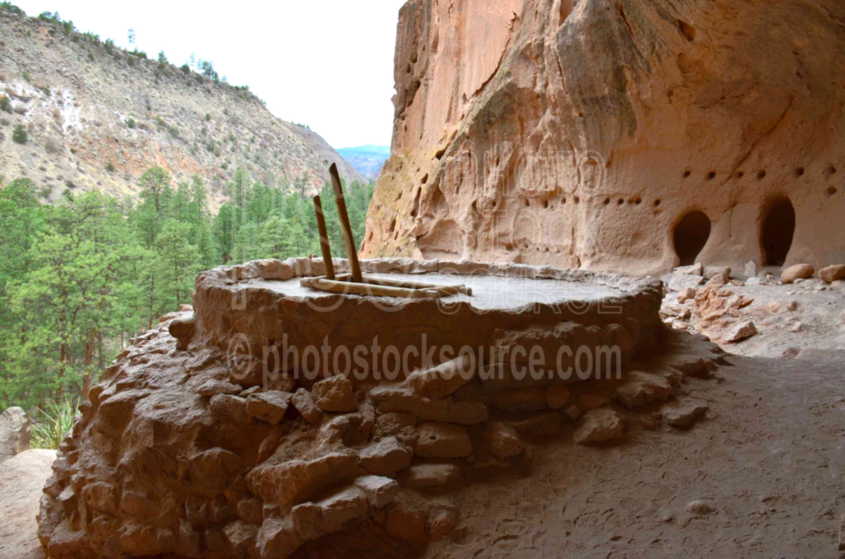 Alcove House Caves and Kiva,niche,cave,kiva,native american,american indian,dwelling,bandelier,national monument,frijoles river