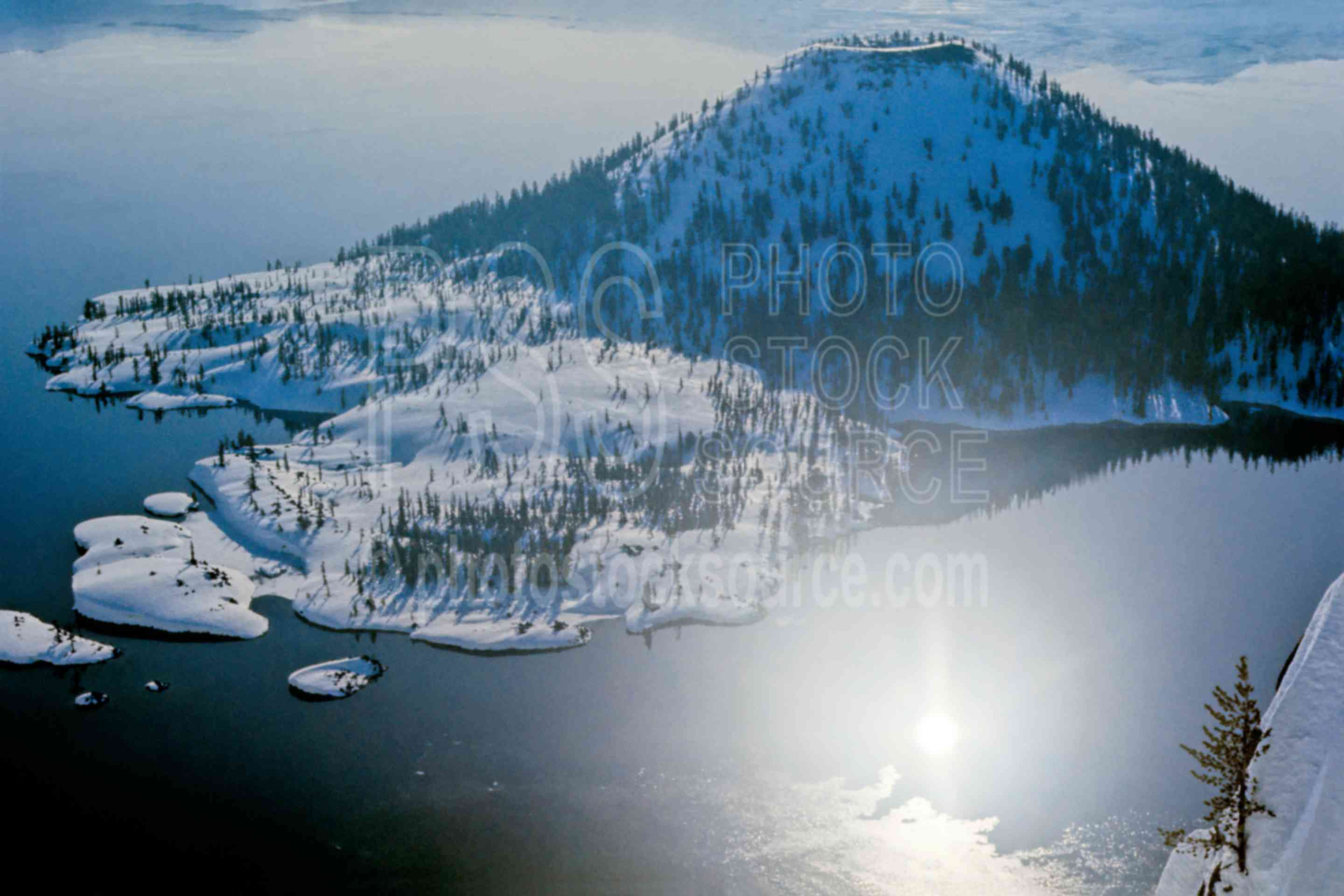 Crater Lake,island,reflection,wizard island,winter,lakes rivers,national park,nature