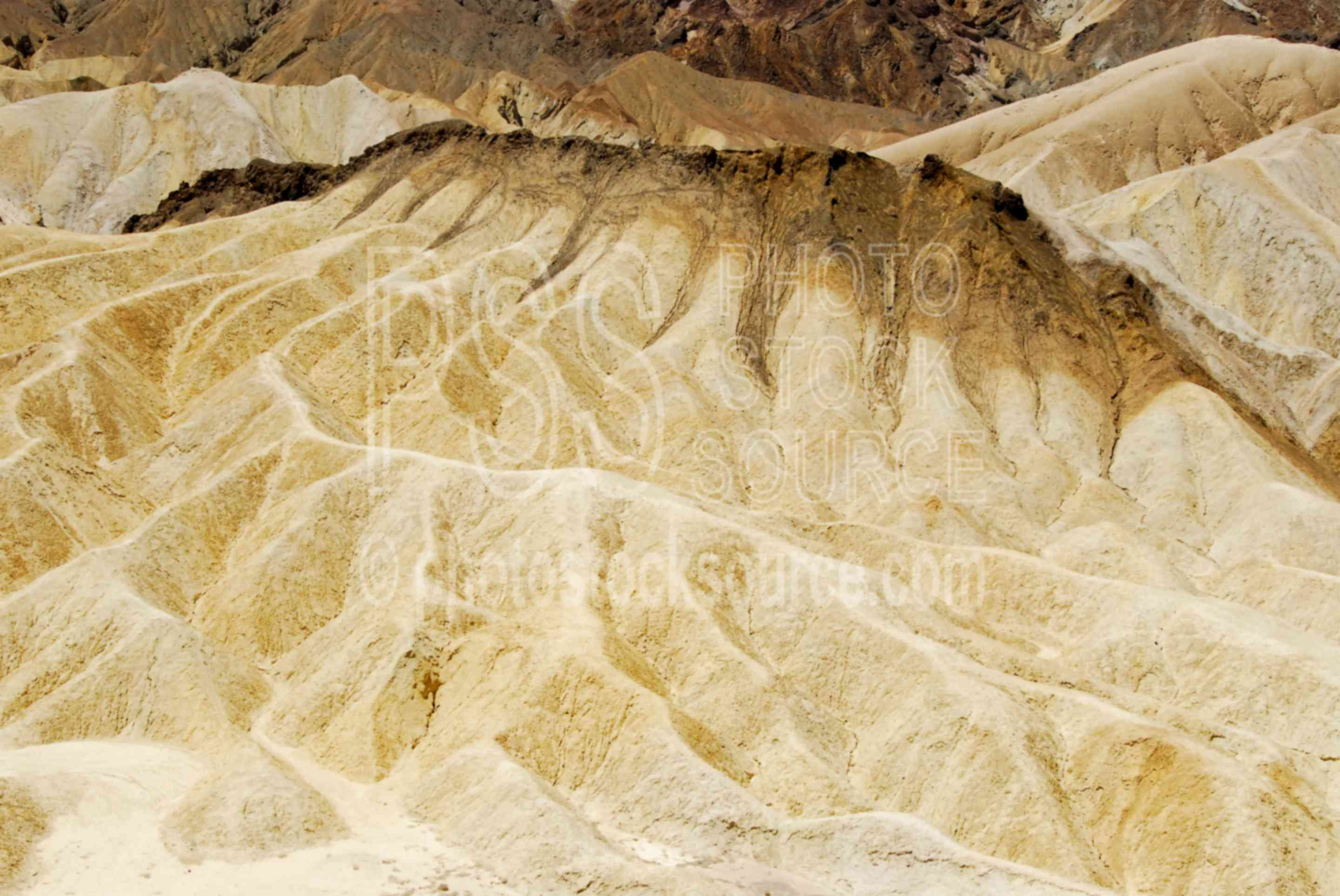 Zabriskie Point,death valley,landform,valley,dry,mineral,sedimentary