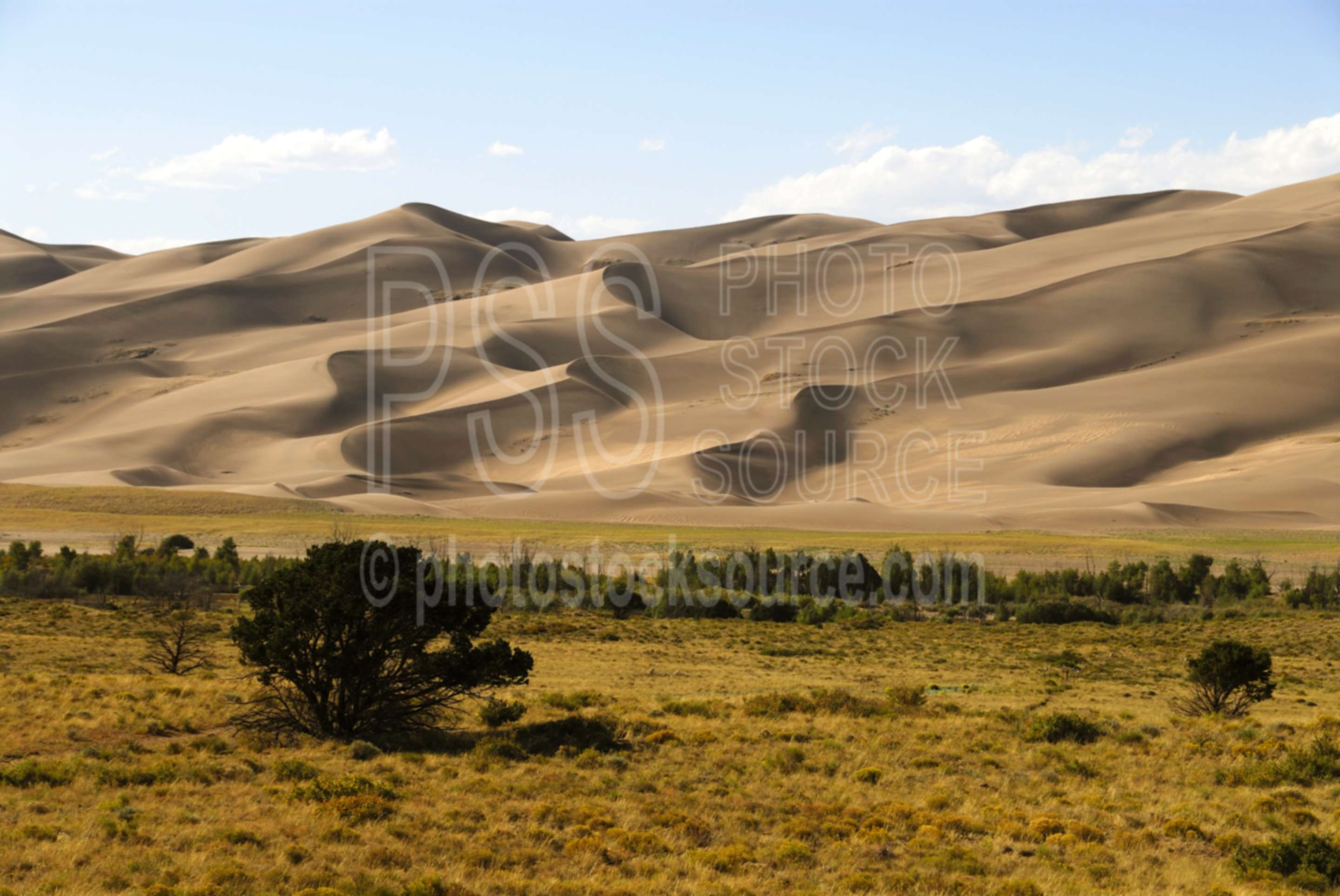 Sand Dune Island,mountains,clouds,sand dunes,park