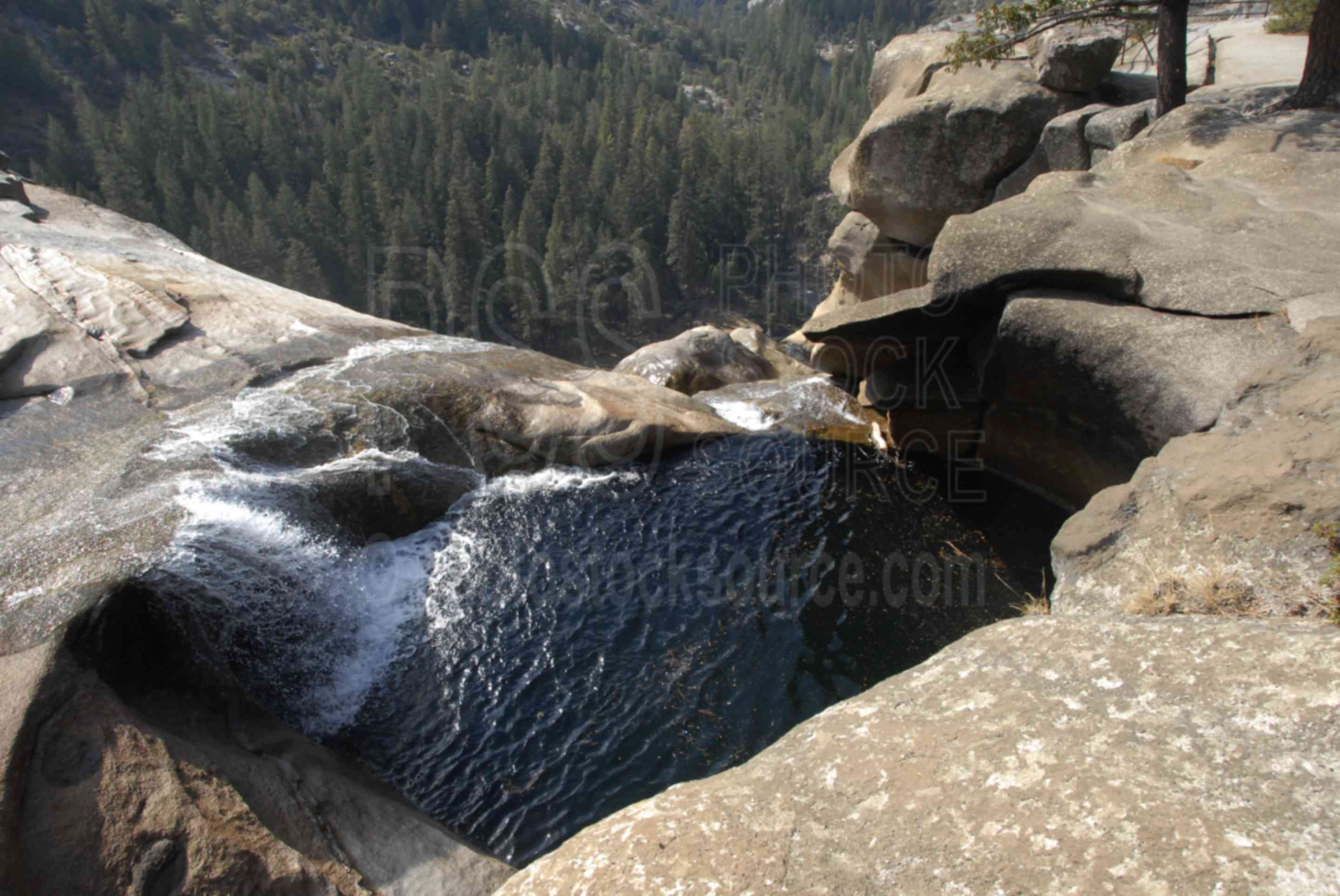 Top of Nevada Falls,waterfall,cliff,creek,pool,waterfalls,national park,nature,national parks