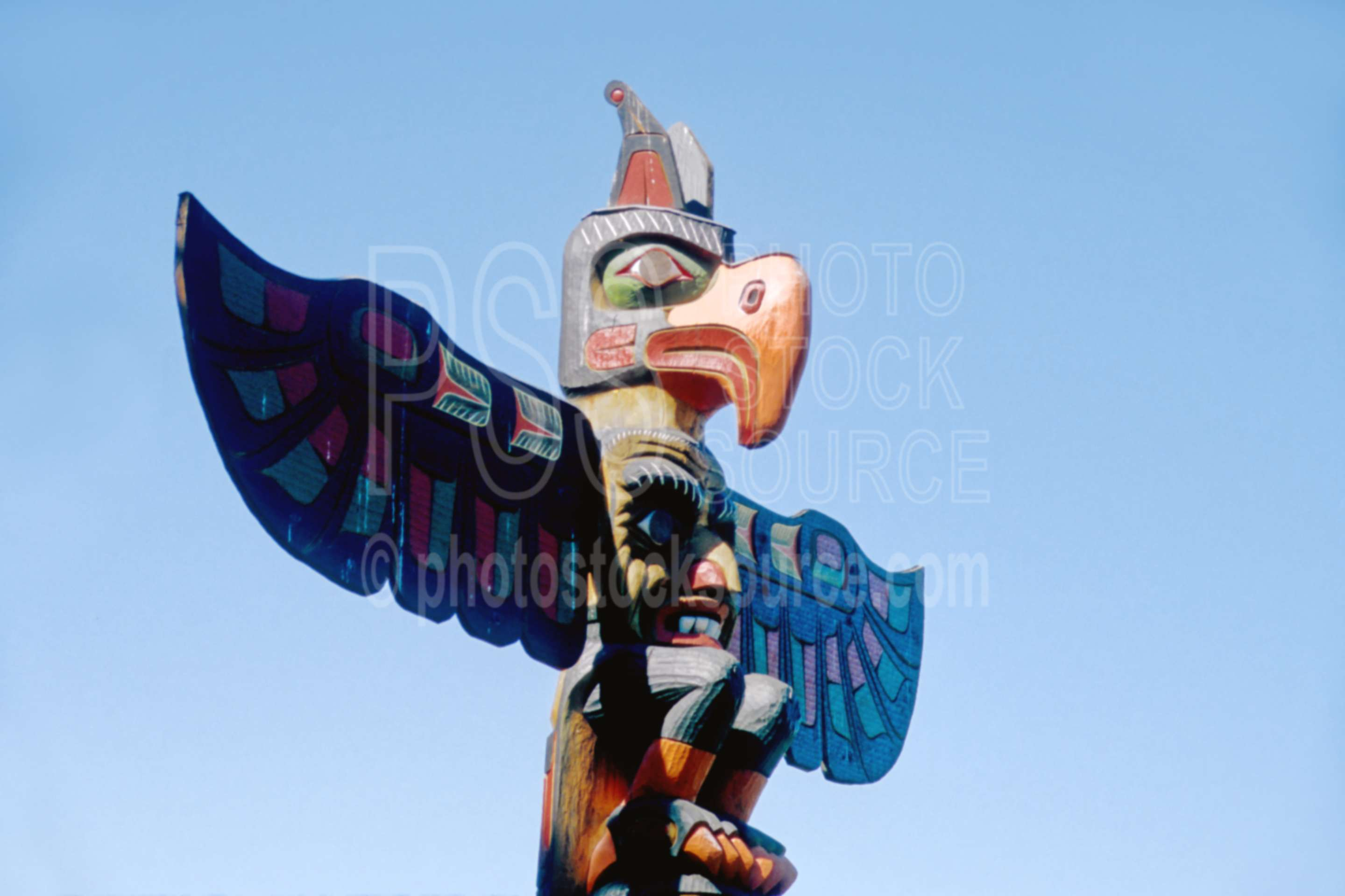 Totem Pole,arts,carving
