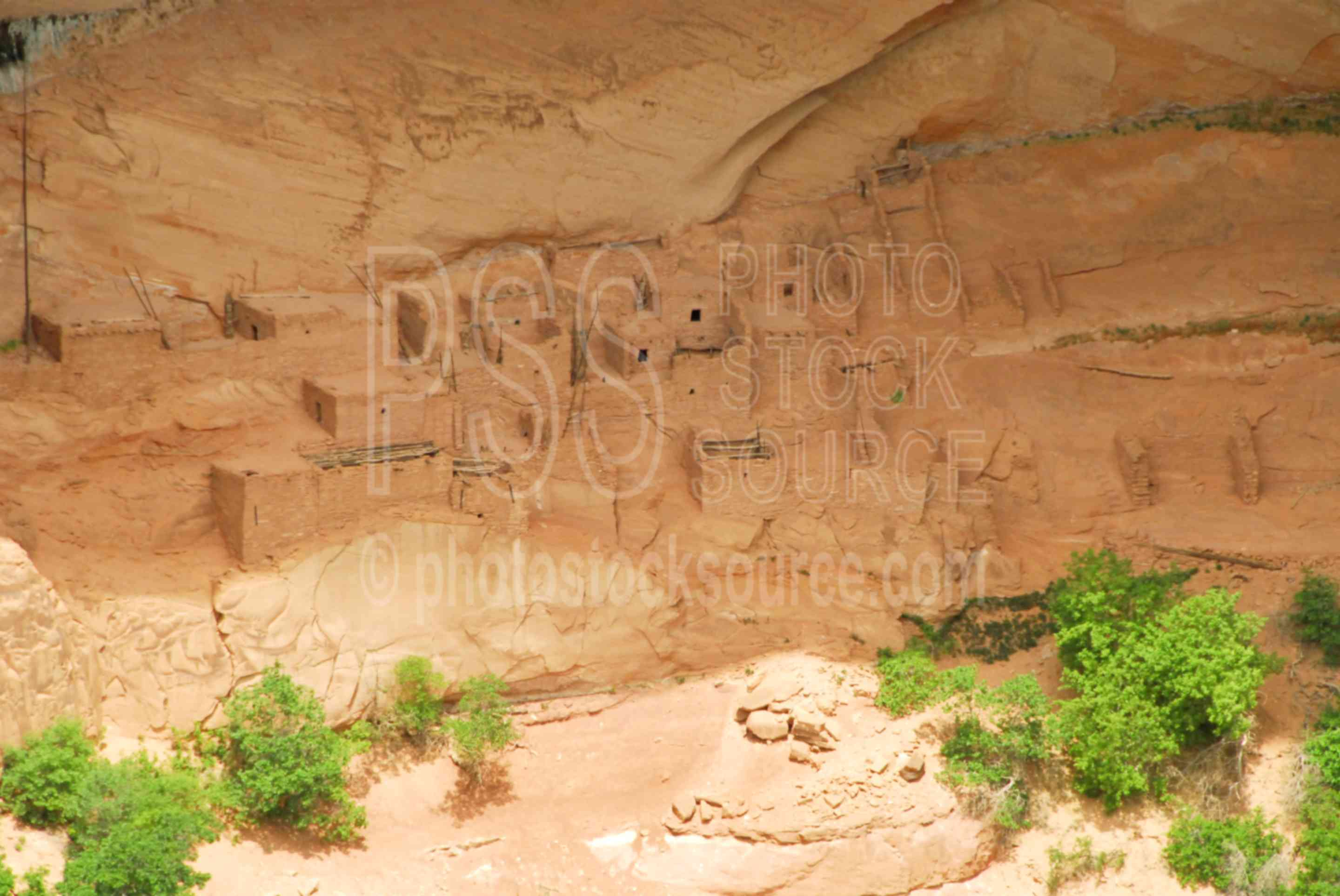 Betatakin Ruin Closeup,navajo national monument,overlook,viewpoint,ruin,cliff dwelling,anazasi,indians,native americans