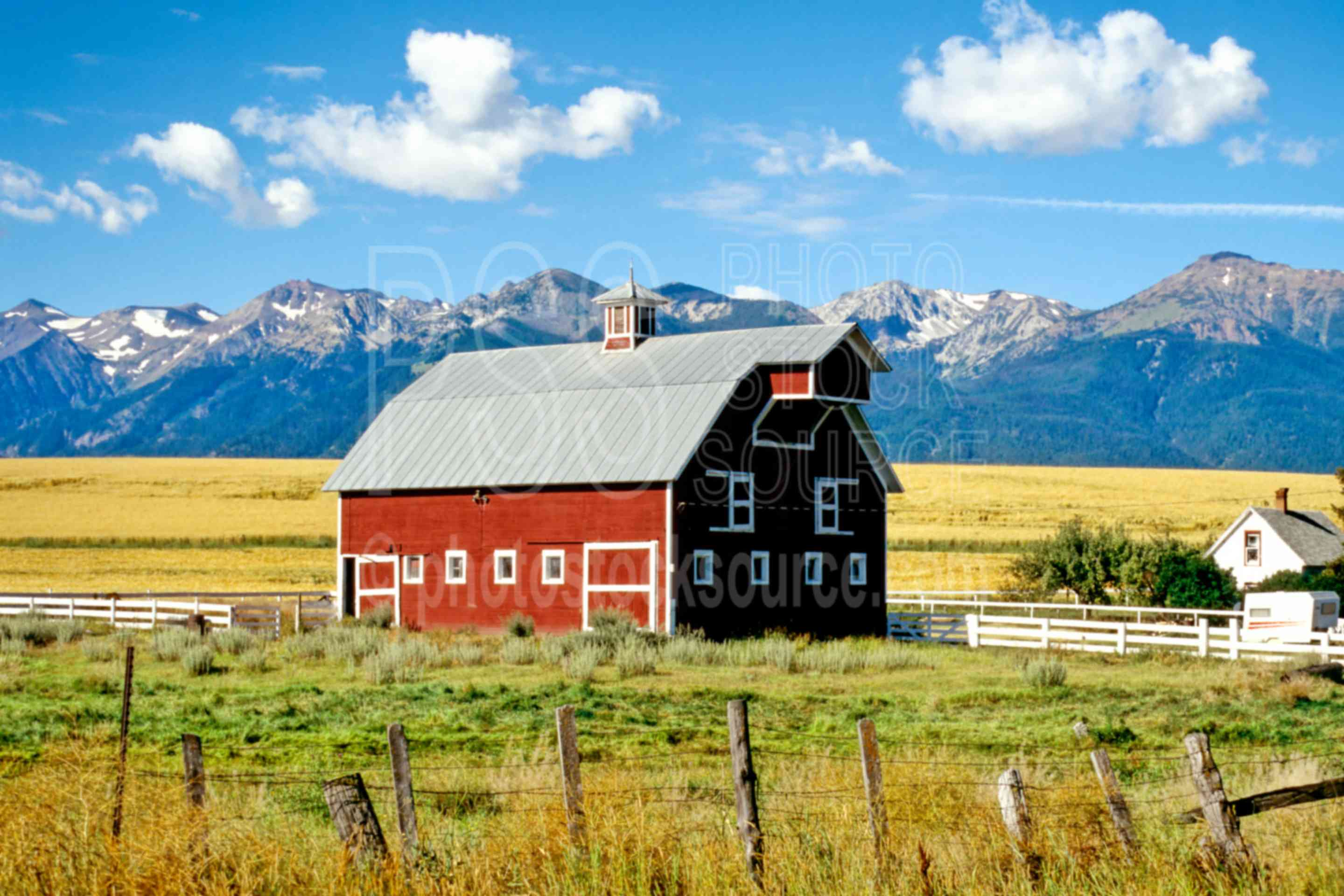 Photo of wallowa barn by photo stock source building for Barn builders oregon