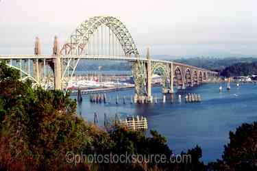 Yaqunia Bay Bridge