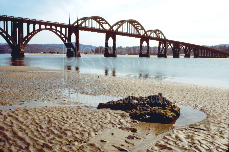 Old Waldport Bridge,alsea river,usas,lakes rivers,architecture,bridges