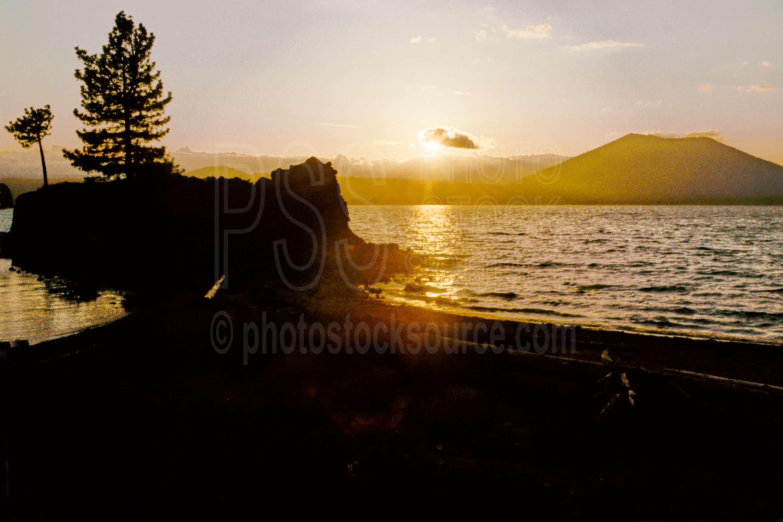 Davis Lake Sunset,sunset,davis lake,usas,lakes rivers