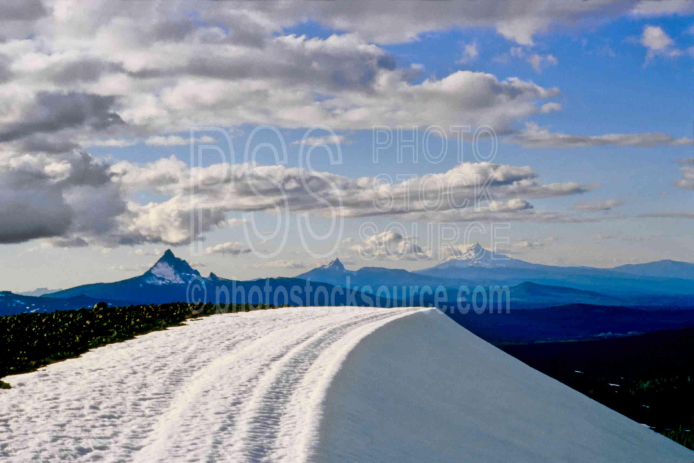 Oregon Cascades,three fingered jack,mt. hood,mt. jefferson,mt. washington,mount,usas,mountains
