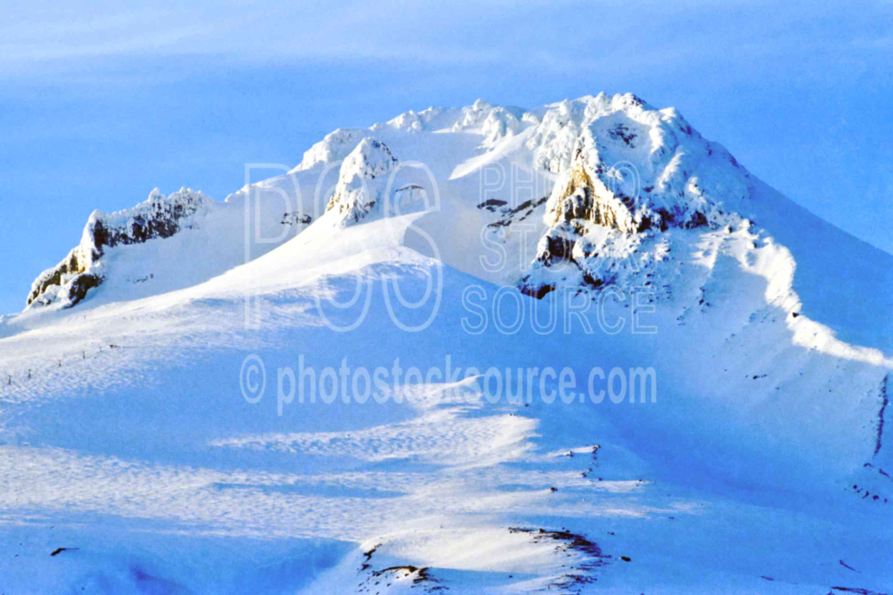 Mt. Hood,snow,timberline lodge,winter,mount,season,usas,mountains