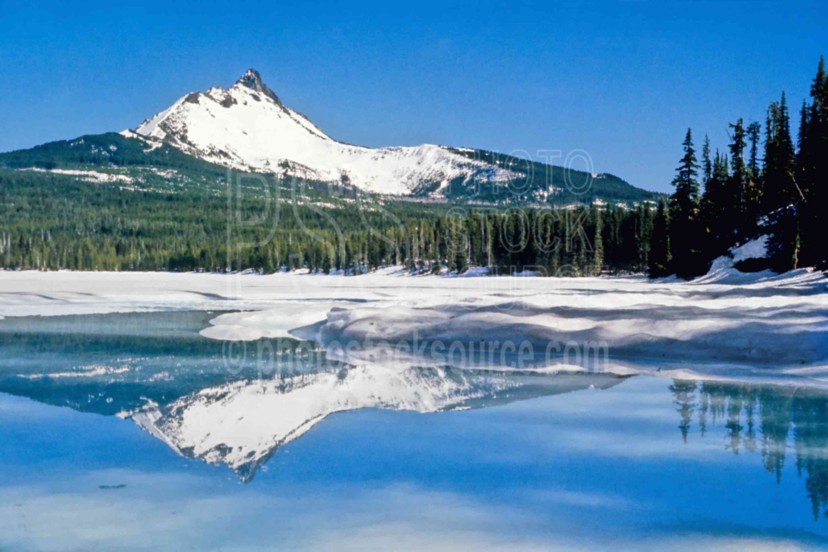 Mt. Washington, Big Lake,reflection,snow,mount,winter,lakes rivers,mountains