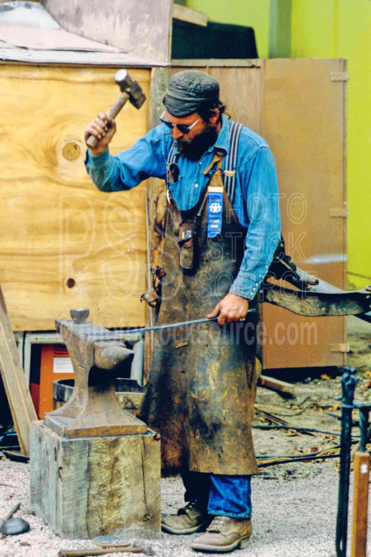 Blacksmith,work,worker,hammer,anvil,tools instruments