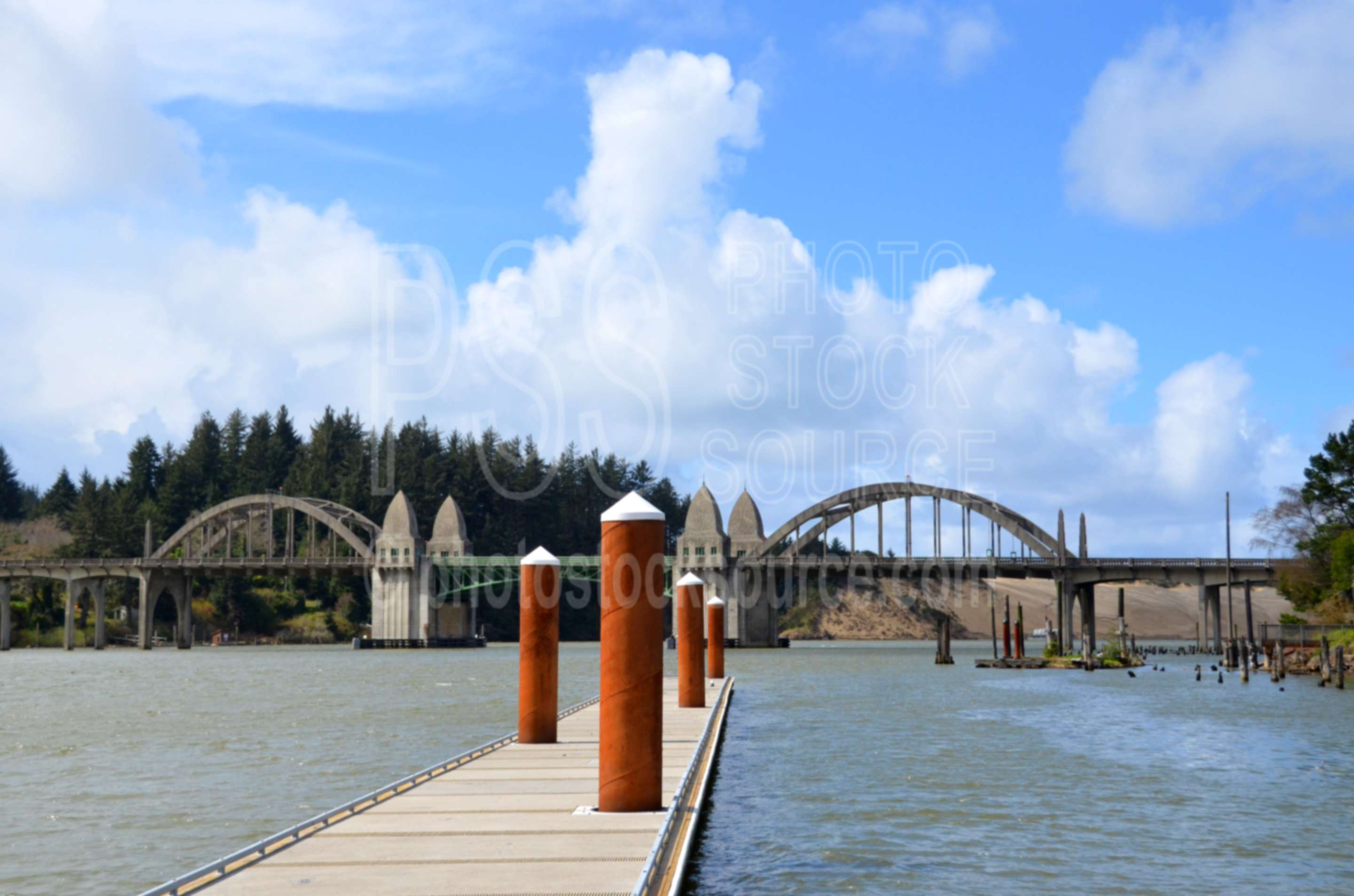 Siuslaw River Bridge,bridge,siuslaw,river,harbor,dock