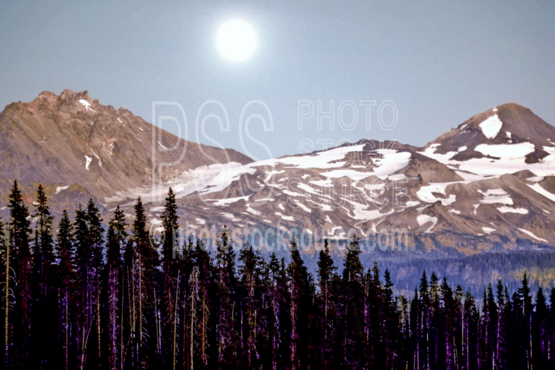Moonrise over Sisters,scott lake,moon,moonrise,middle sister,north sister,lake,night,usas,lakes rivers,mountains