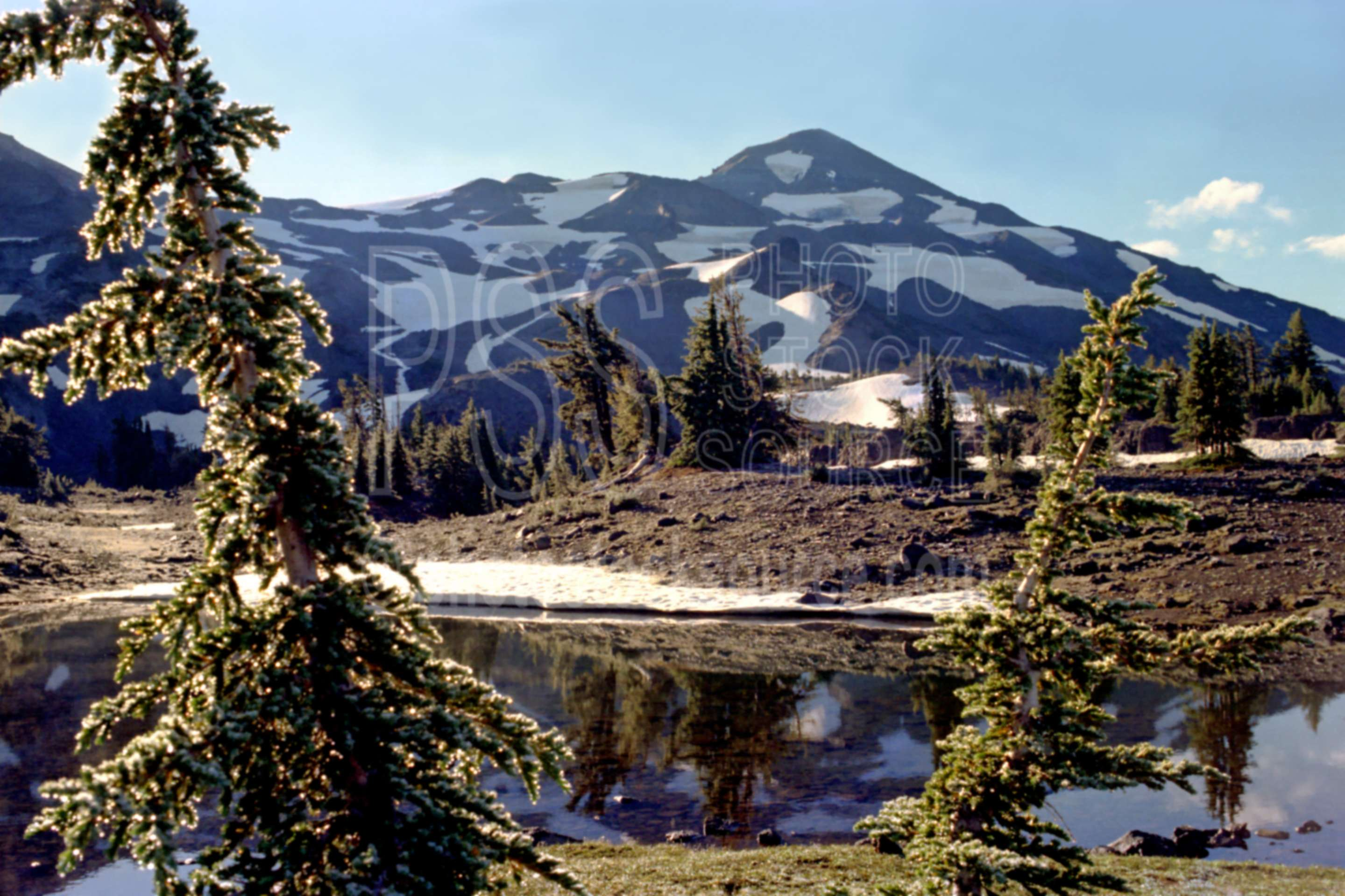 Middle Sister,arrowhead lake,lake,morning,usas,lakes rivers,mountains