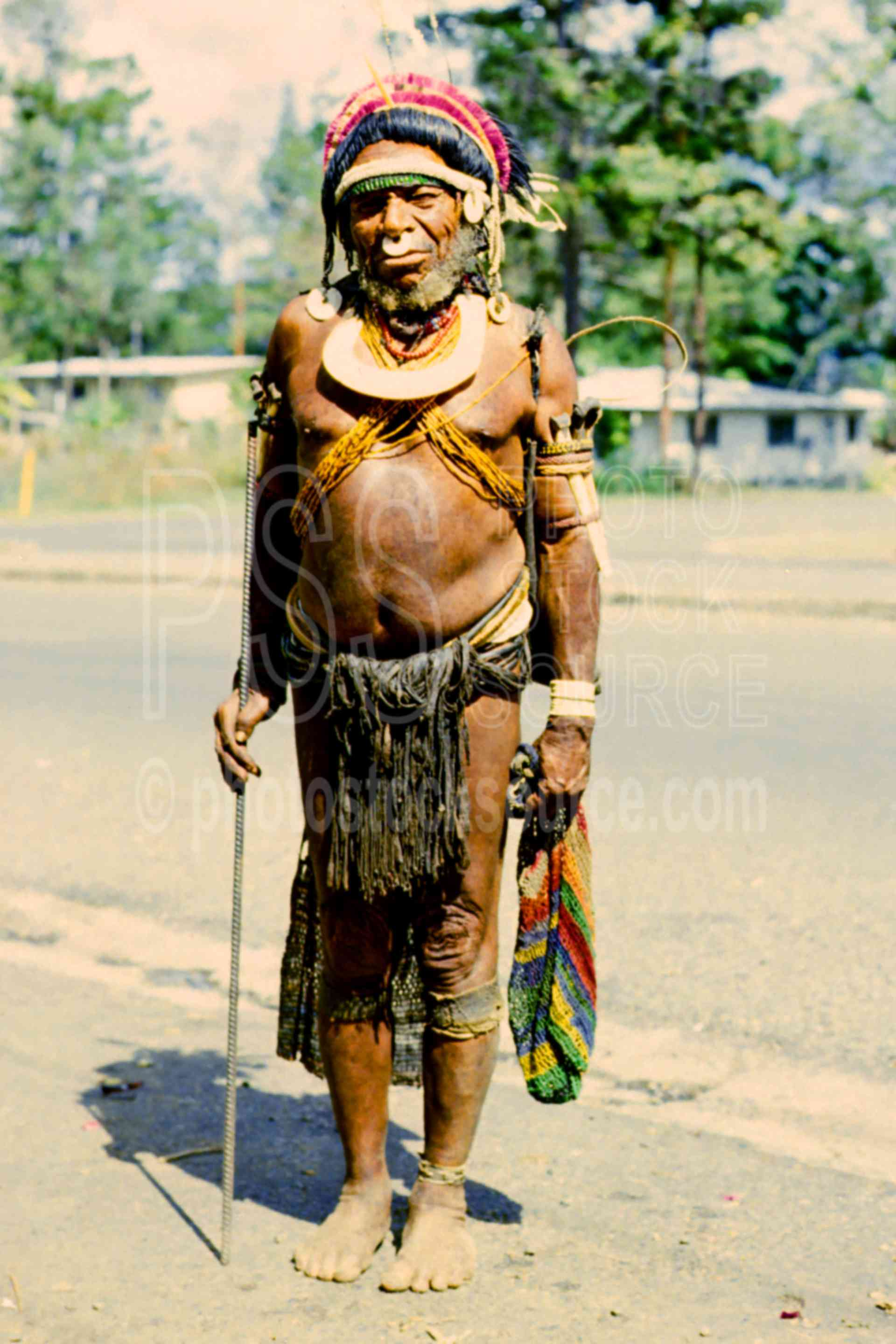 Village Bigman,costume,mans,primitive,religious people,png ceremonies