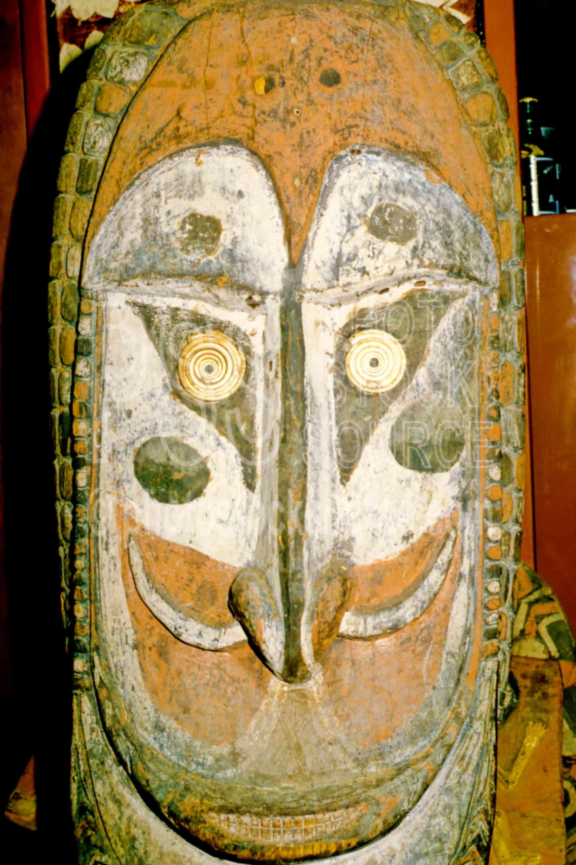 Carved Figure,carving,sculpture,arts