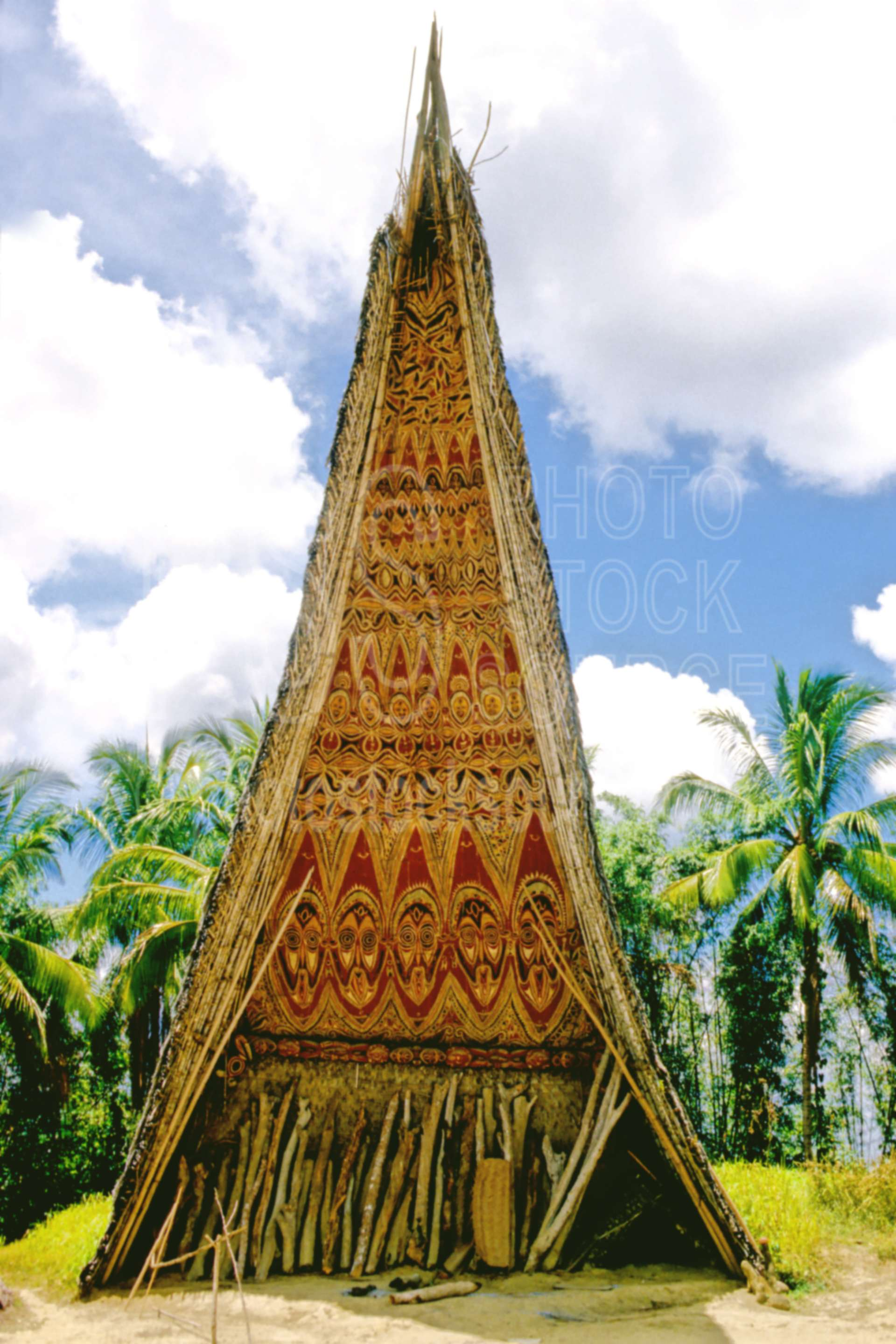 Haus Tambaran,ceremonial,house,ritual,villages