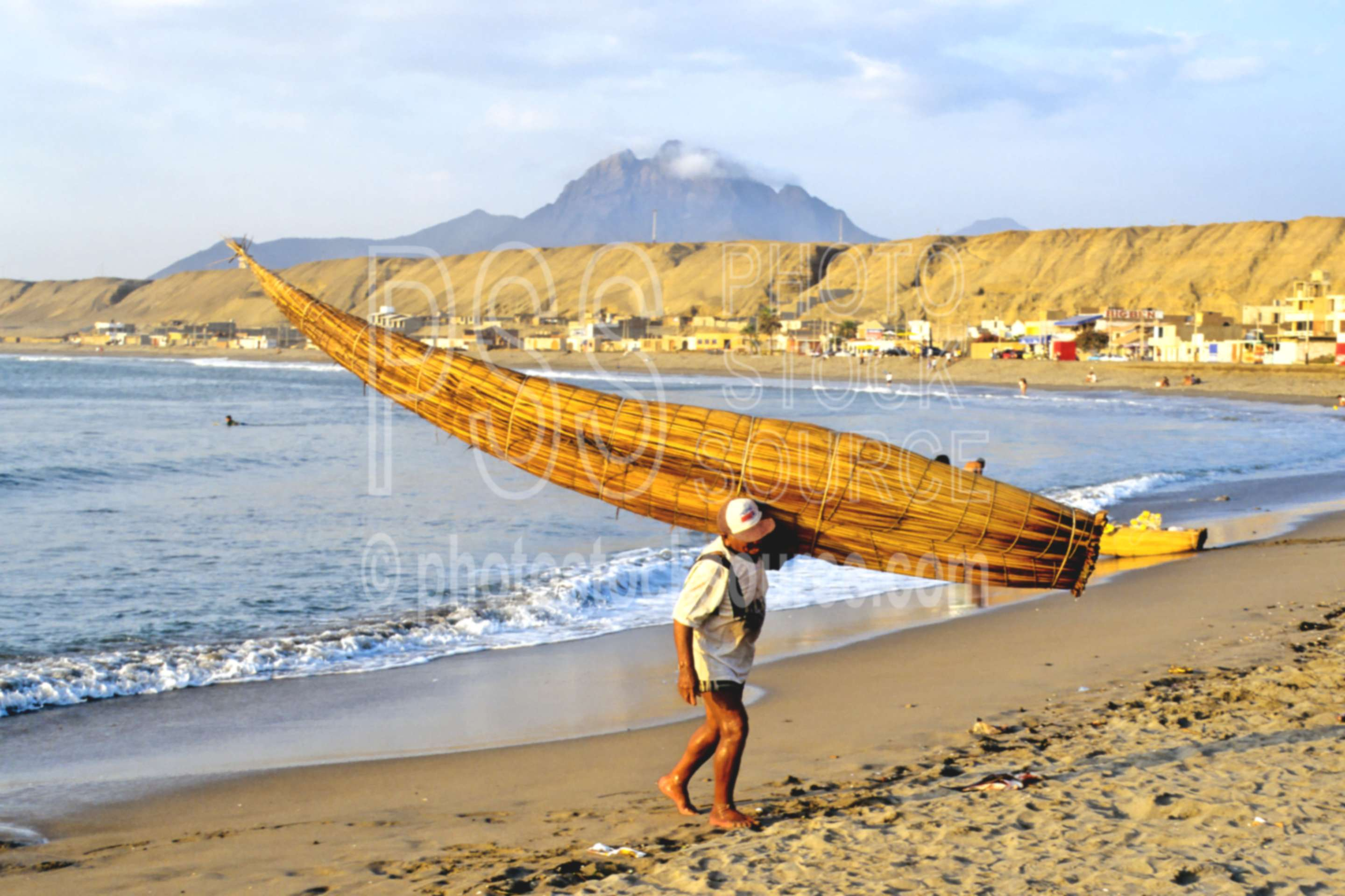 Fisherman and Caballito,boat,fisherman,ocean,work,worker,seascapes,boats